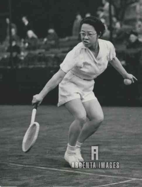 1953 Tennis Player Gem Hoahing at the Junior Tennis Championship
